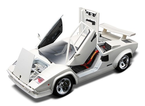 All doors open from the front of the Countach