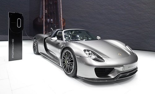 Porsche 918 Spyder displayed at Frankfurt, 2013. Photo by Thomas Wolf